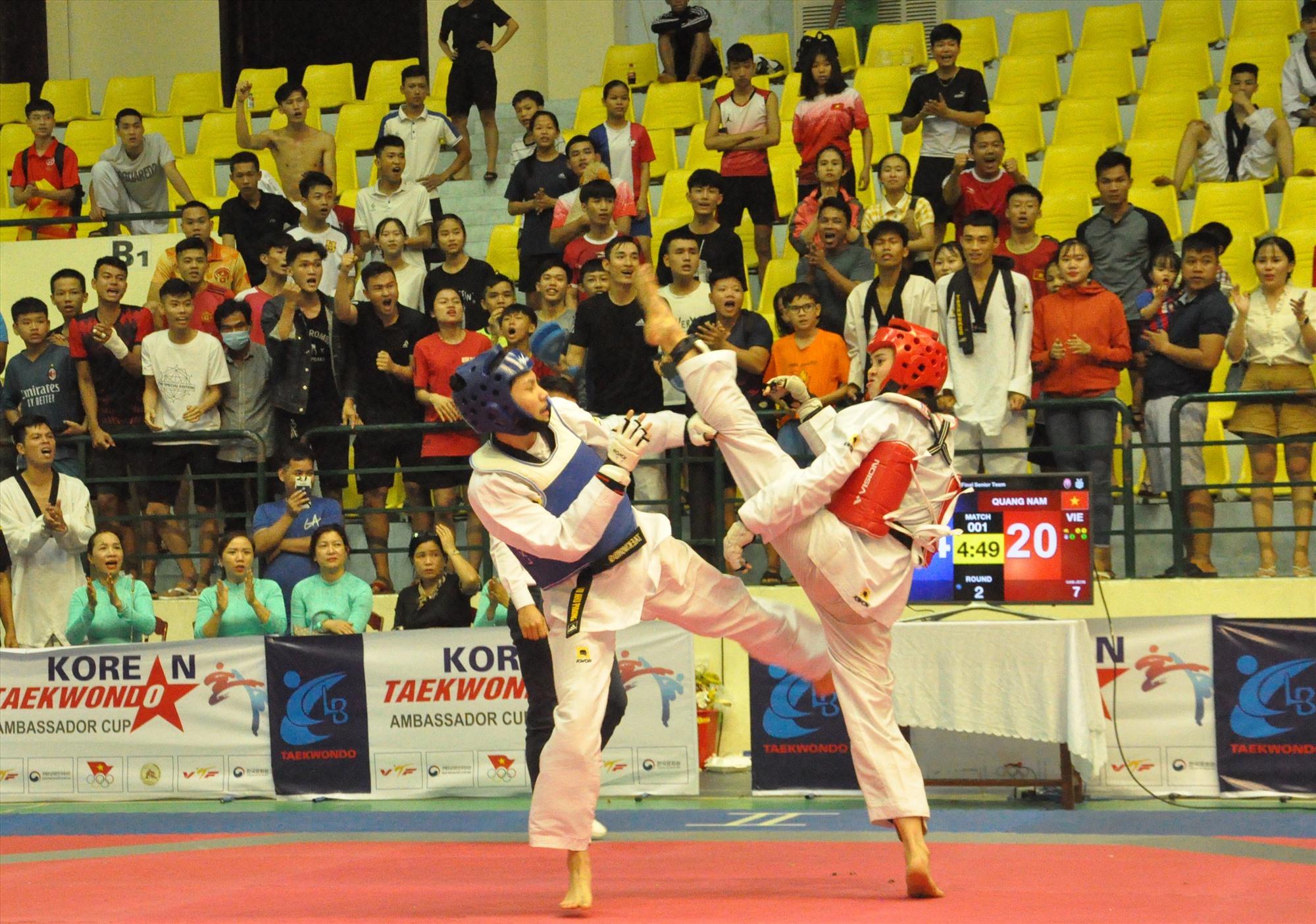Trần Thị Mỹ Khanh (bên phải) là một trong những niềm hy vọng của thể thao Quảng Nam tại đại hội năm 2022. Ảnh: T.V