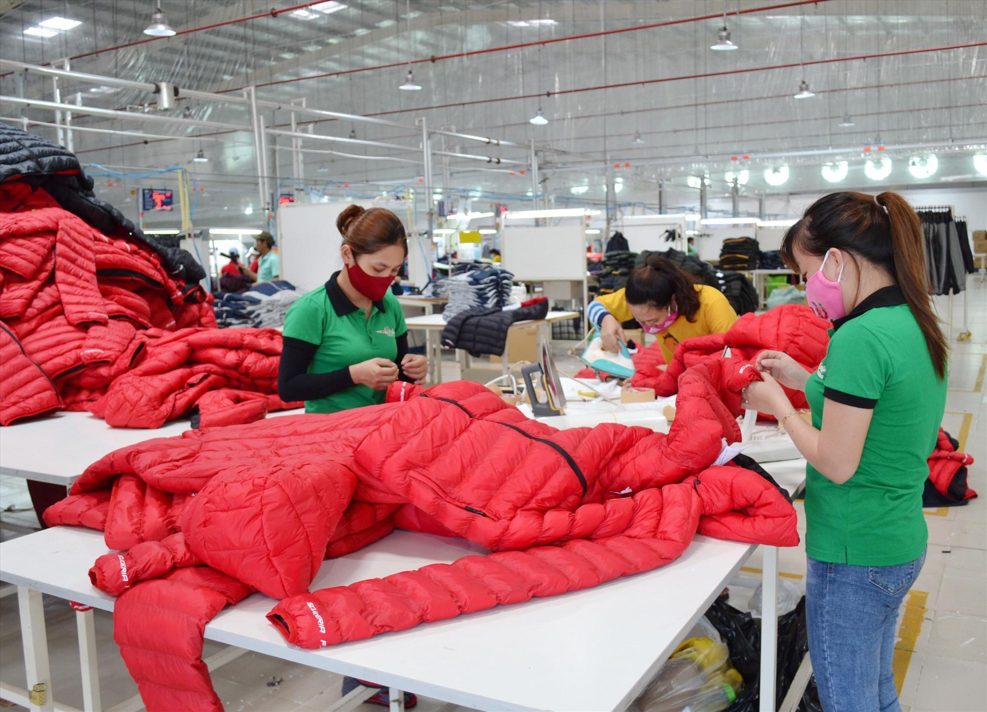 Một trong những thành quả lớn về CCHC của huyện Thăng Bình là tạo thuận lợi cho hoạt động của doanh nghiệp trên địa bàn. Ảnh: VIỆT NGUYỄN