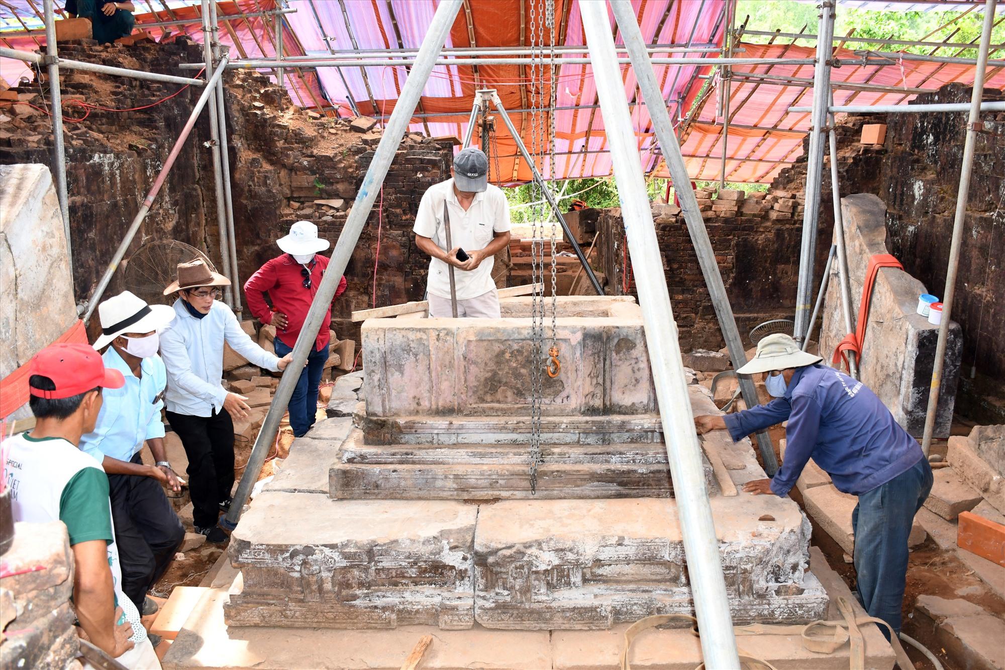 Dự án bảo tồn trùng tu nhóm tháp A vẫn còn dở dang chưa thể kết thúc đúng kế hoạch