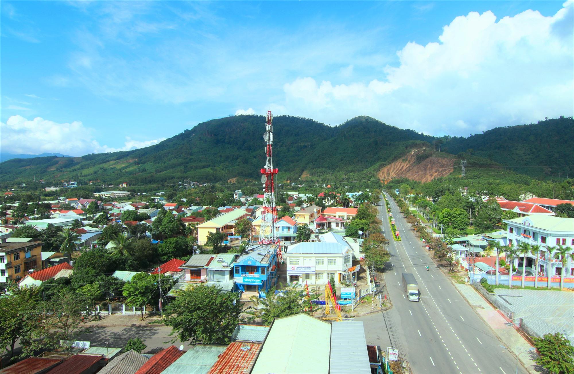 Khâm Đức sẽ trở thành đô thị trung tâm vùng huyện Phước Sơn vào năm 2030.Ảnh: ALĂNG NGƯỚC