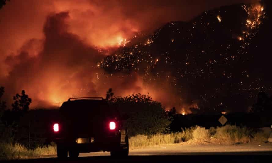 Nhiệt độ tăng cao bất thường đang thiêu đốt nhiều khu vực tại châu Âu. Ảnh: AP