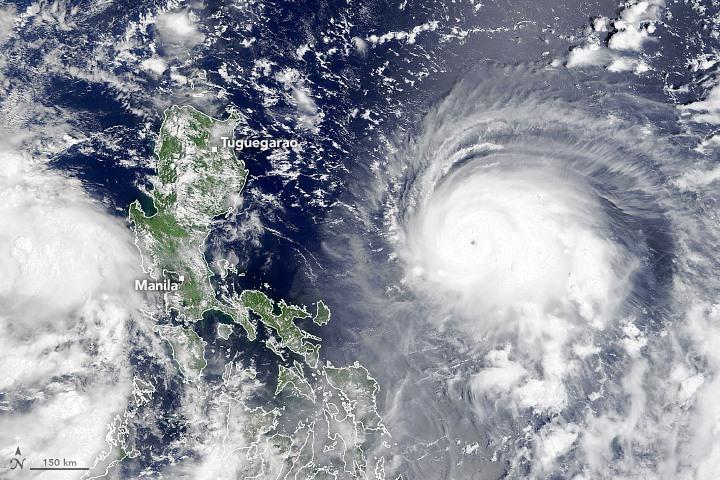 Vào cuối buổi sáng ngày 9 tháng 9 năm 2021, Máy đo quang phổ hình ảnh có độ phân giải vừa phải (MODIS) trên vệ tinh Terra của NASA đã thu được hình ảnh có màu sắc tự nhiên này của Chanthu khi nó khuấy động Biển Philippine.