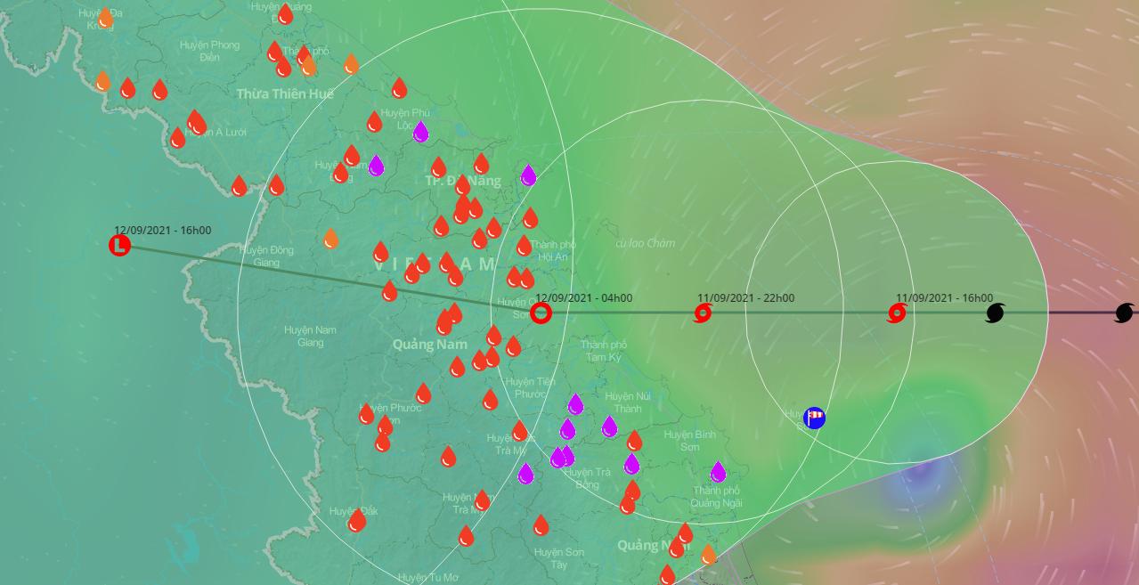 Bão số 5 bắt đầu ảnh hưởng đến đất liền các tỉnh từ Quảng Trị đến Quảng Ngãi gây mưa lớn cho khu vực. Ảnh: VNDMS.