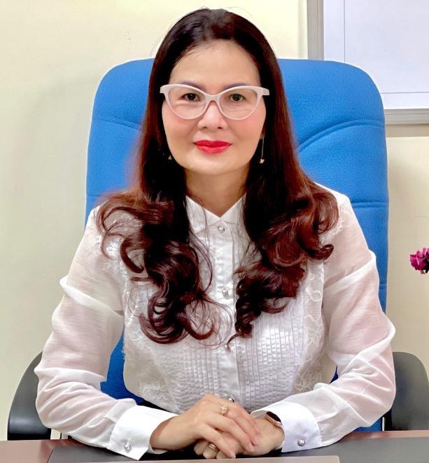 Bà Lê Thị Hồng Cẩm - Phó Chi cục trưởng Chi cục An toàn vệ sinh thực phẩm. Ảnh: D.D