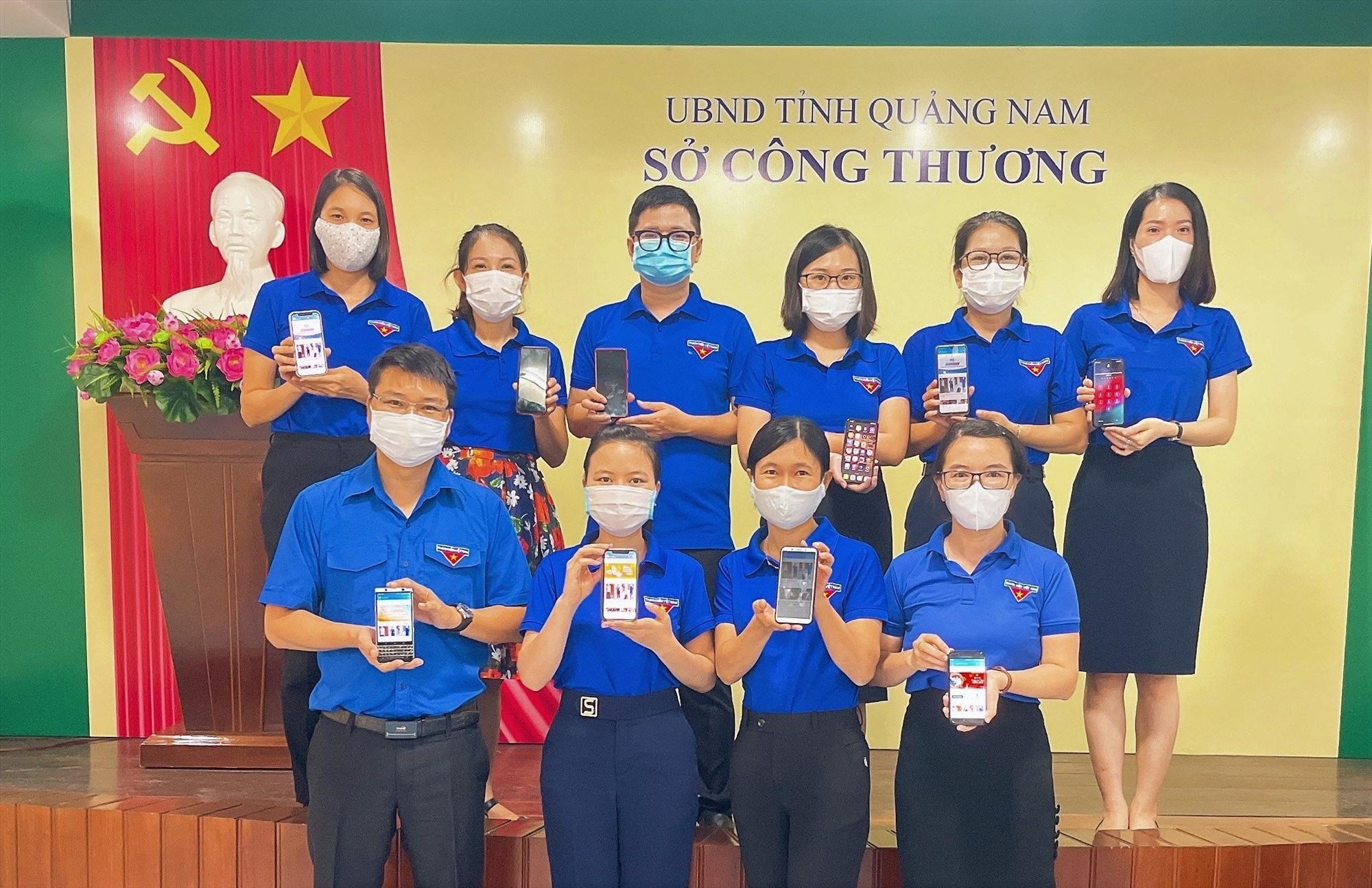 Phát động cài đặt ứng dụng Smart Quảng Nam và Thanh niên Việt Nam