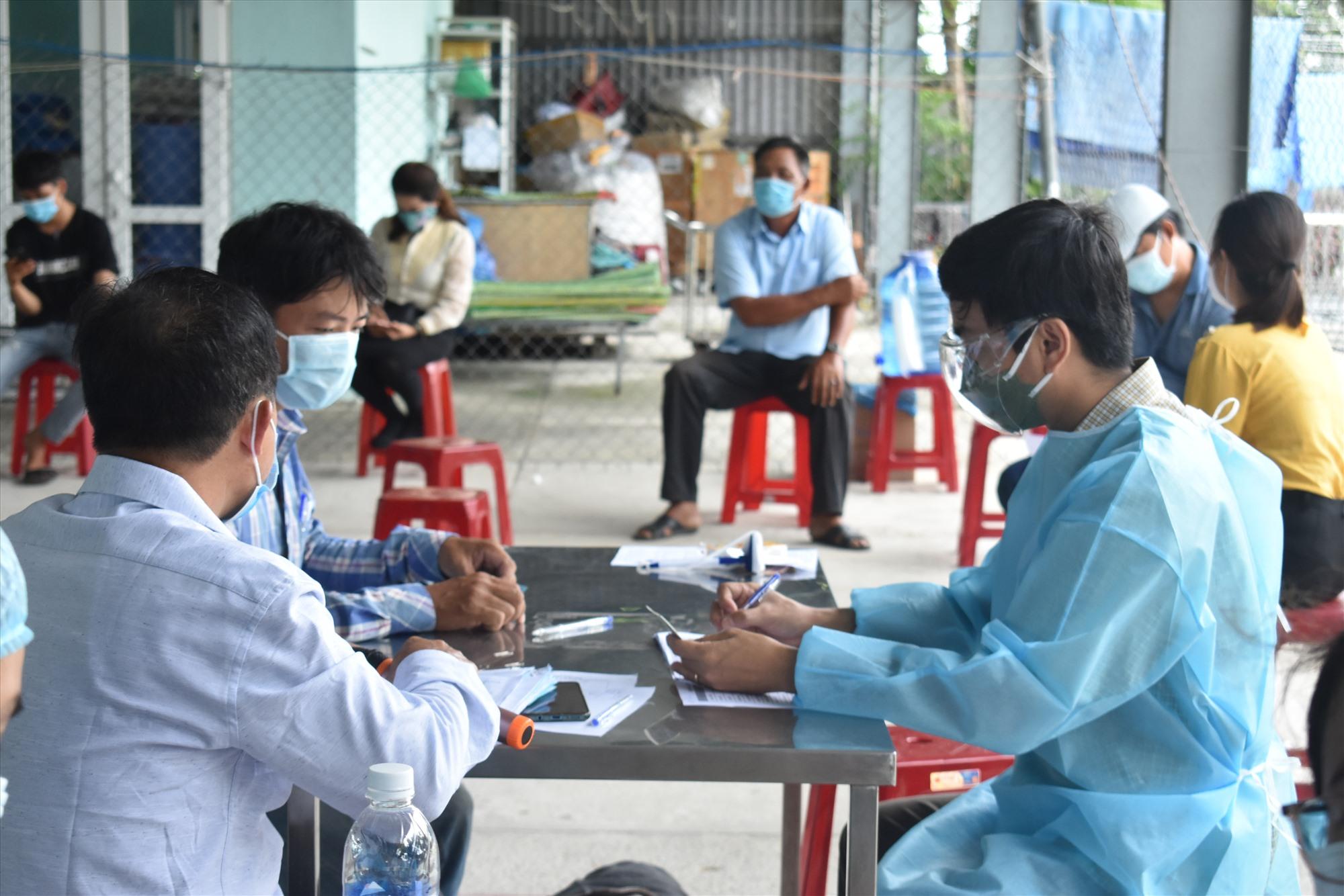 Các địa phương của Điện Bàn tăng cường xét nghiệm sàng lọc - Ảnh V.L
