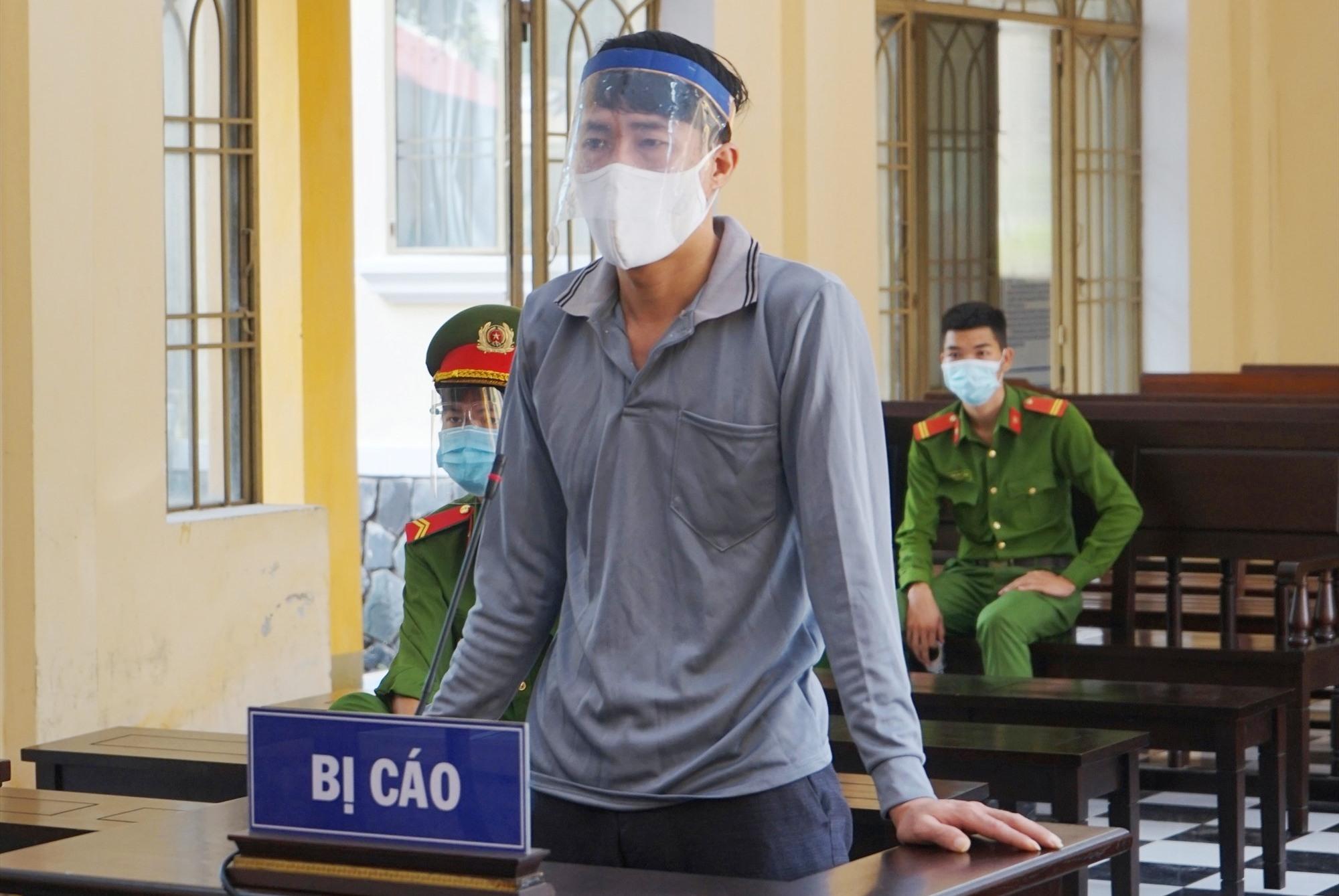 Bị cáo Nguyễn Thanh Xuân tại phiên tòa. Ảnh. P.L.