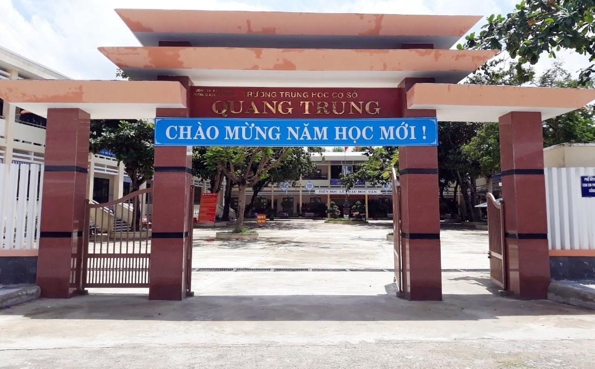 Trường THCS Quang Trung được trưng dụng làm khu cách ly tập trung - Ảnh: V.L