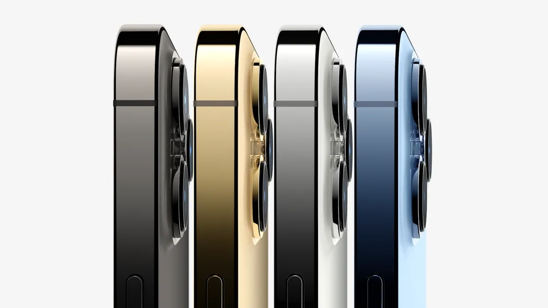Ở thị trường Mỹ, iPhone 13 Pro sẽ có giá khởi điểm 999 USD và Pro Max khởi điểm từ 1099 USD. Cả hai đều có tùy chọn dung lượng 1TB. Hai điện thoại này sẽ nhận đặt hàng từ 17/9 và bắt đầu bán ra thị trường vào ngày 24/9.