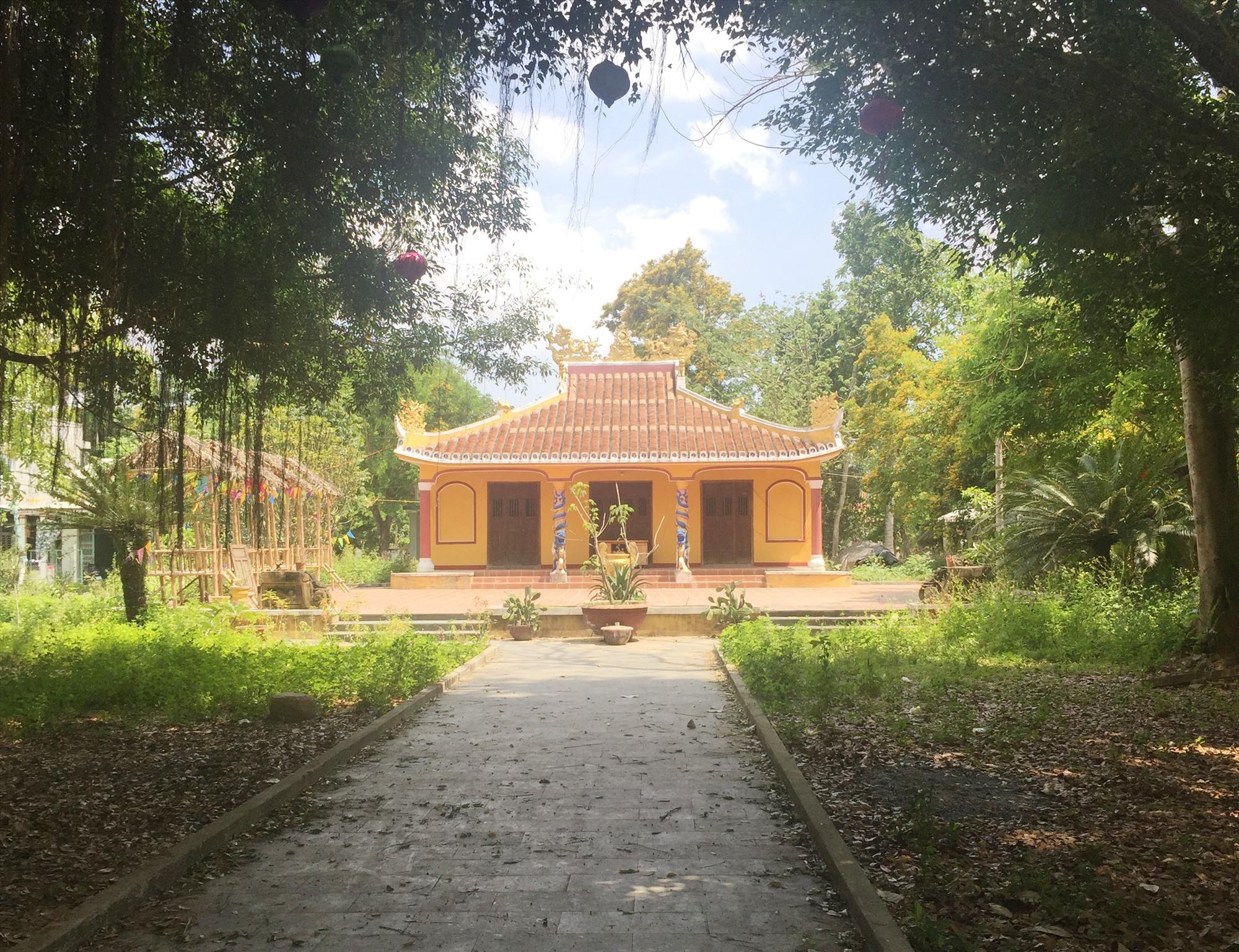 Đình xã Tam Kỳ xưa (nay gọi là Đình làng Hương Trà). Ảnh: P.B