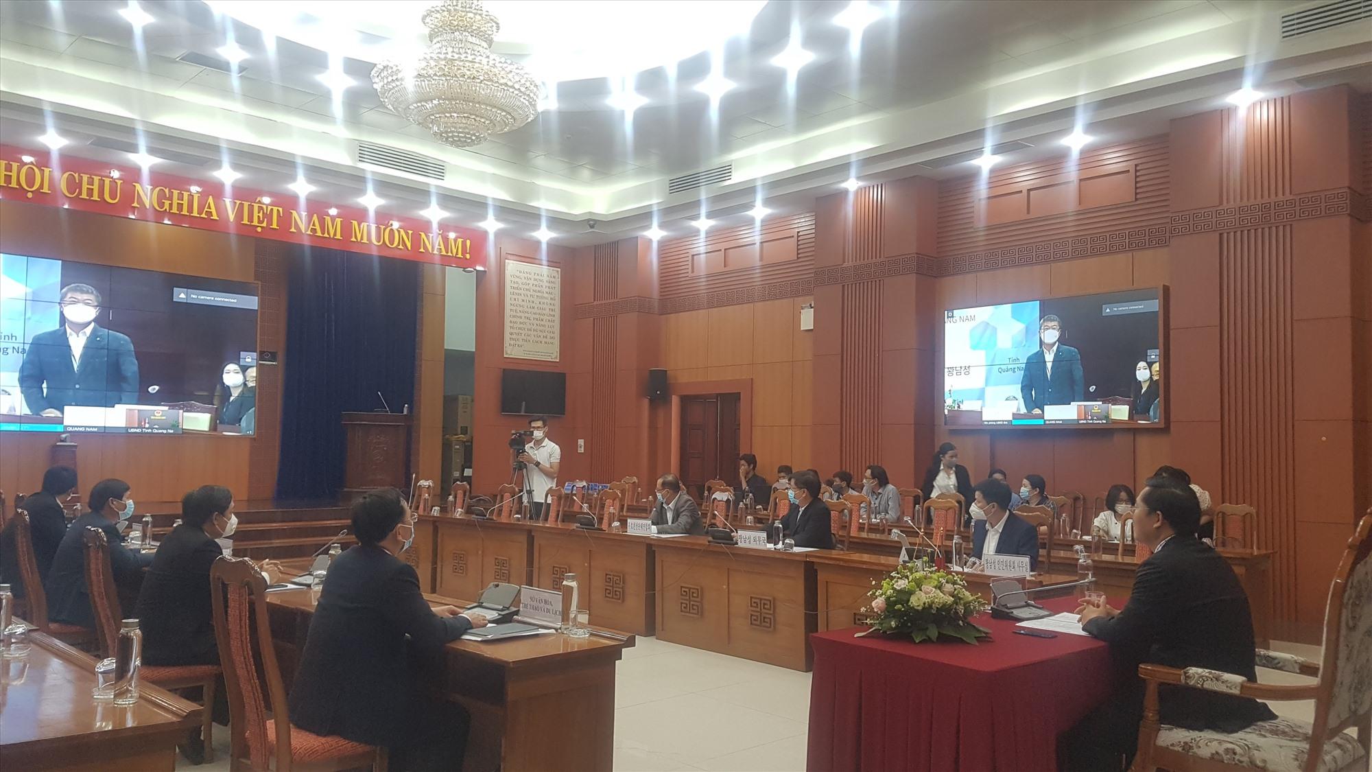 Thành phố Osan và tỉnh Quảng Nam họp trực tuyến vào chiều nay. Ảnh: D.L