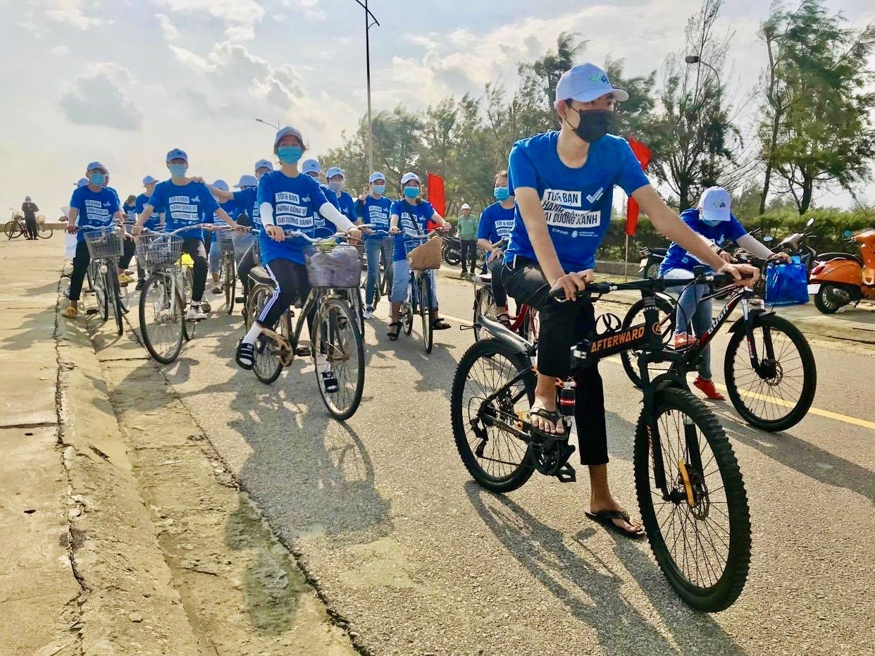 The Youth in Quang Nam calls for joining hands for blue ocean