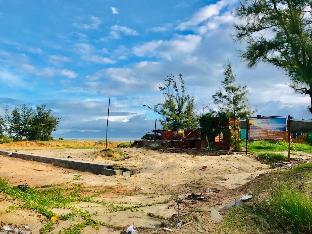 Tiến độ triển khai dự án Khu dân cư dịch vụ - du lịch Làng chài Điện Dương rất chậm. Ảnh: H.S