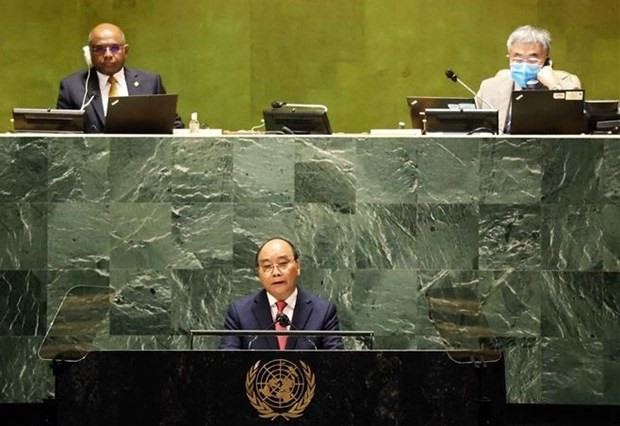 President Nguyen Xuan Phuc speaks at the event. (Photo: VNA)