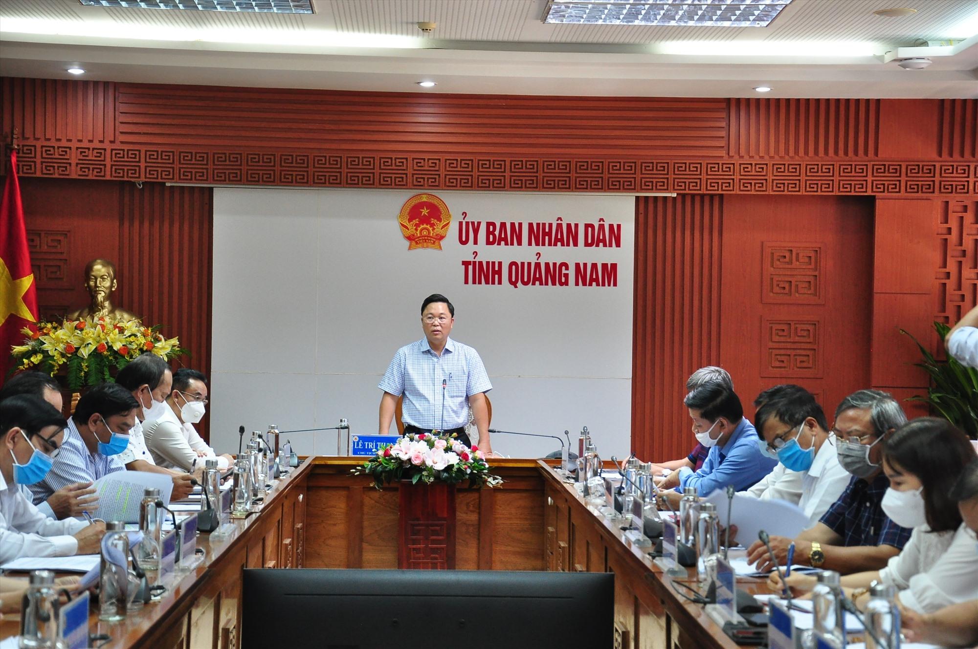 Chủ tịch UBND tỉnh Lê Trí Thanh phát biểu tại cuộc họp. Ảnh: S.A