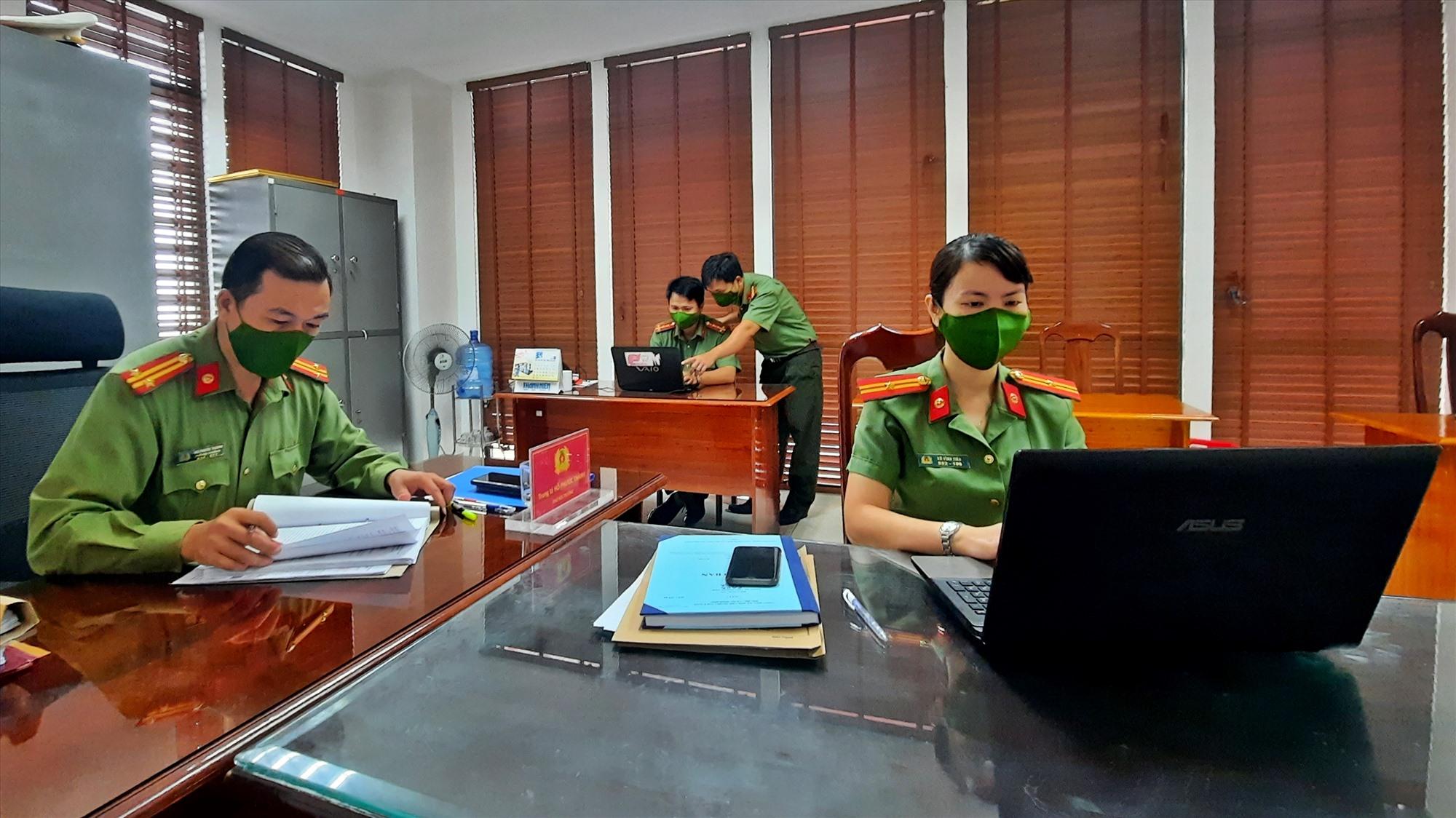 Công an tỉnh Quảng Nam sẽ tập trung phát triển fanpage thành kênh thông tin hữu ích, là giải pháp góp phần bảo vệ an ninh Tổ Quốc. Ảnh: Đ.Y