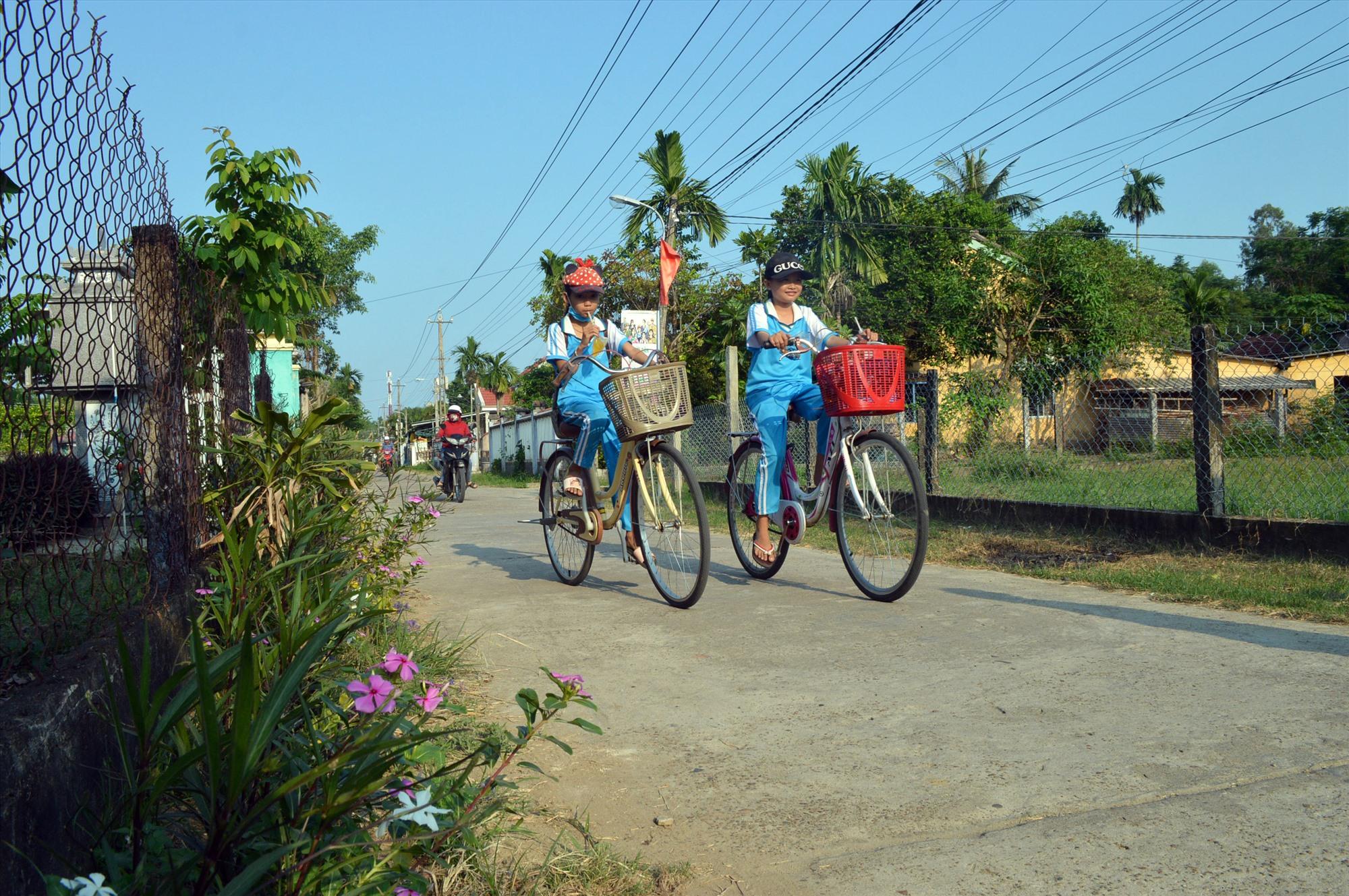 Từ các nội dung sinh hoạt chuyên đề của chi bộ đảng góp phần thuận lợi trong xây dựng nông thôn mới tại Điện Bàn. Ảnh: V.LỘC