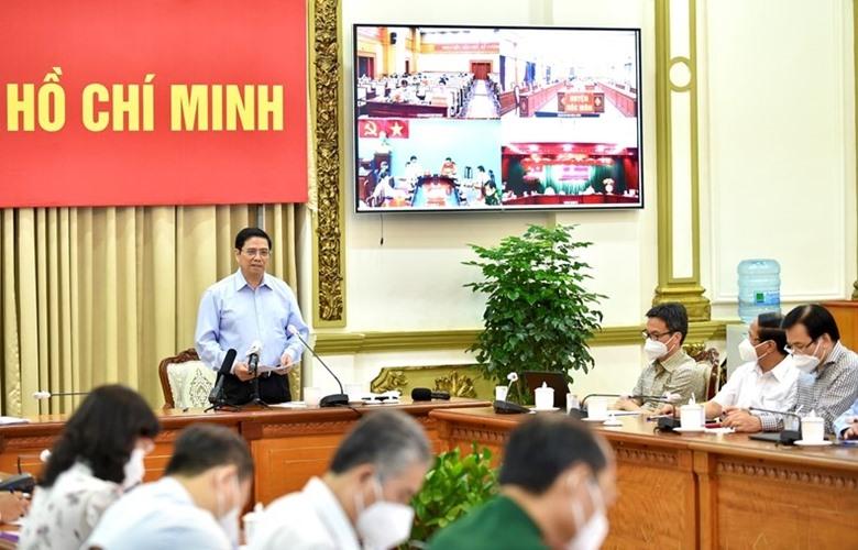 Thủ tướng Chính phủ Phạm Minh Chính phát biểu tại buổi làm việc trực tuyến với với các xã, phường, trên địa bàn thành phố Hồ Chí Minh