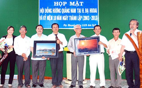 Họp mặt đồng hương Quảng Nam tại huyện Đạ Huoai, tỉnh Lâm Đồng.Ảnh: M.KIỆT
