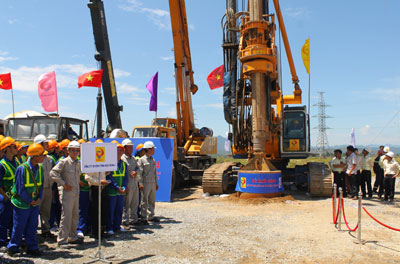 Lễ khởi công thực hiện dự án tại gói thầu 3A.                                                                                                                                                      Ảnh: CÔNG TÚ