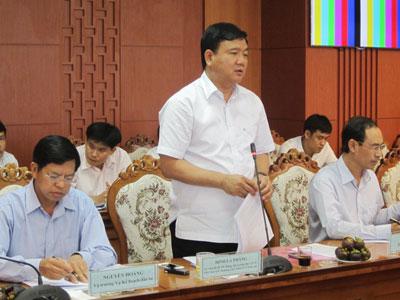 Bộ trưởng Bộ GTVT Đinh La Thăng đánh giá cao nỗ lực GPMB dự án mở rộng QL1 của Quảng Nam.
