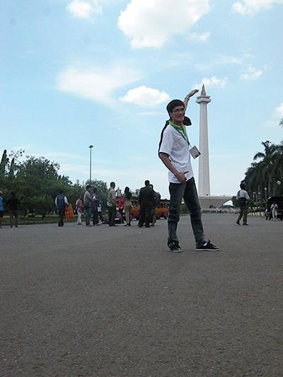 Thái Xuân Hồng Nhật trong một lần đi Jakarta - Indonesia.