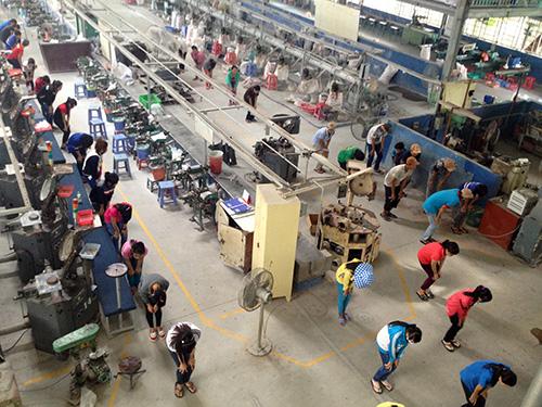 Sinh hoạt tập thể của Công ty TNHH Sản xuất nút áo Tôn Văn.