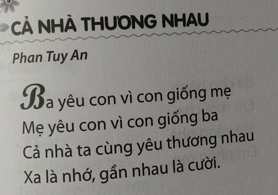 """Ca khúc """"Cả nhà thương nhau"""" đã in sai tên nhạc sĩ Phan Văn Minh thành Phan Tuy An."""