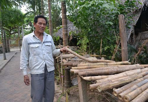 Muoi says the frame of bamboo bicycles are made of thorny bamboo that is flexible, strong and quite rare in Vietnam…