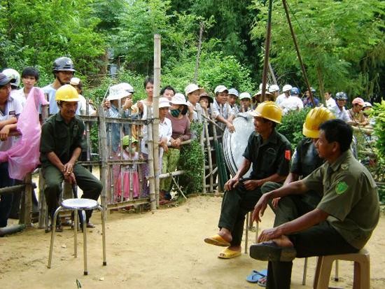 Công an xã là những người cống hiến thầm lặng góp phần giữ gìn bình yên cho những xóm làng. Ảnh: N.D