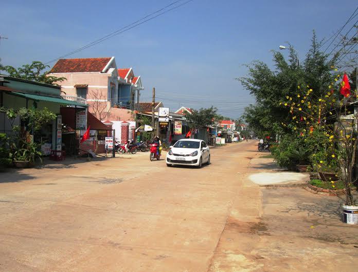 Diện mạo nhiều làng quê ở Duy Xuyên đã thực sự khởi sắc. Ảnh:THÀNH SỰ
