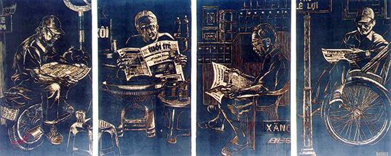 """Tại Triển lãm mỹ thuật khu vực năm 2016, nhiều tác giả Quảng Nam tiếp tục phát huy sở trường sáng tạo của mình. Trong ảnh: Tác phẩm """"Ngày mới"""" - tranh khắc gỗ của tác giả trẻ Hà Châu."""