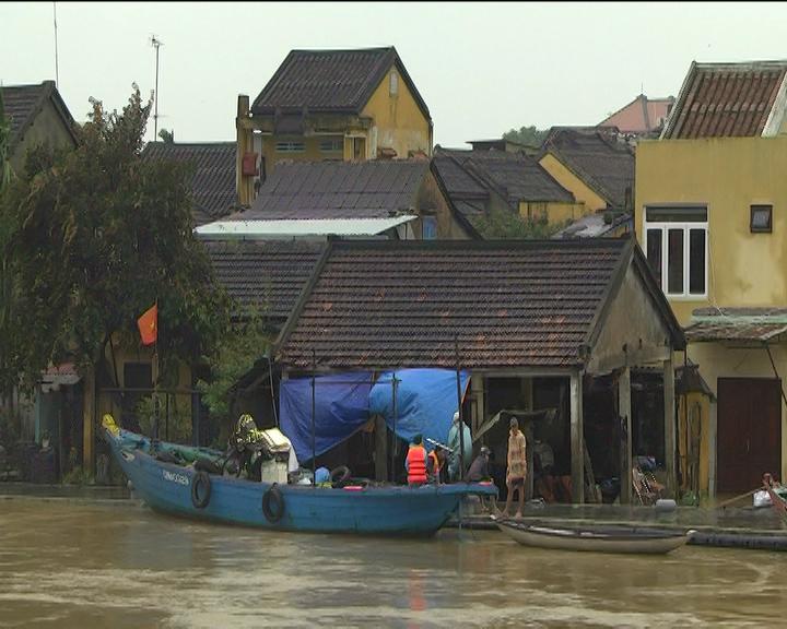 Hơn 15.200 ngôi nhà bị ngập sâu trong đợt lũ. Ảnh: PV