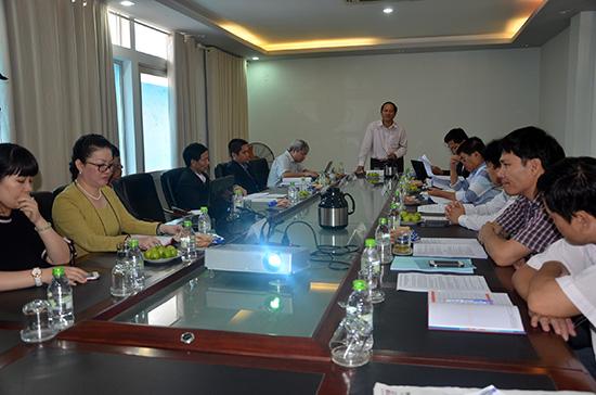 Quang cảnh buổi thẩm định dự án Nhà máy sản xuất thép Việt - Pháp vào sáng 22.12. Ảnh: TRẦN HỮU