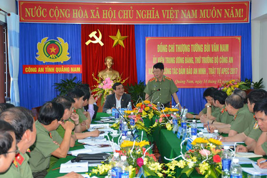 Thượng tướng Bùi Văn Nam làm việc với tỉnh Quảng Nam về việc đảm bảo ANTT các hoạt động trong Năm APEC 2017 sẽ diễn ra trong tháng 10 tại TP.Hội An.