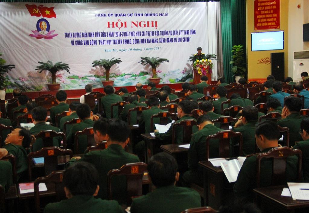Các đơn vị tham gia phát biểu tham luận tại hội nghị, diễn ra vào sáng 10.3. Ảnh: A.N