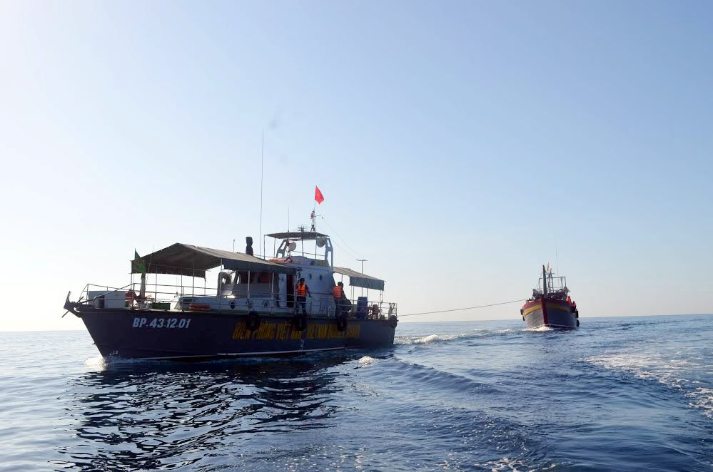 BĐBP tỉnh ứng cứu kịp thời ngư dân gặp nạn trên biển.