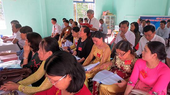 Đảng viên góp ý tại đại hội Chi bộ khối phố Mỹ Hòa, phường Tân Thạnh (TP.Tam Kỳ).