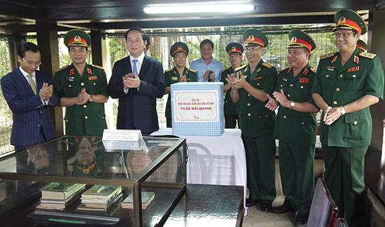 Chủ tịch nước Trần Đại Quang thăm Bảo tàng Quân khu 5 năm 2016.Ảnh:N.DIỆP