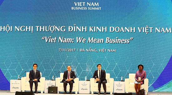 Thủ tướng Nguyễn Xuân Phúc tham dự hội nghị này.