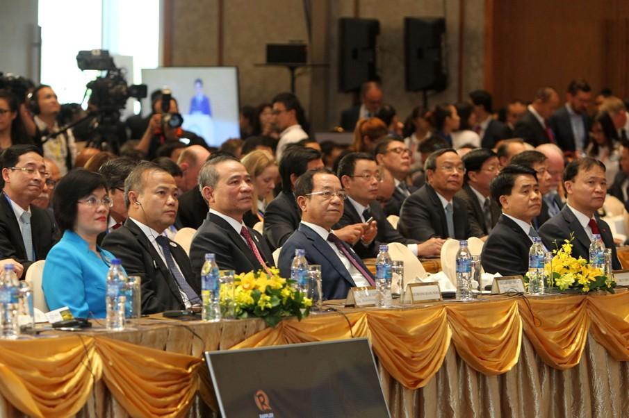 Đại biểu dự hội nghị.