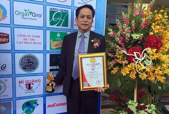 Mr. Muoi, father of Giao Thuy Quang noodle brand