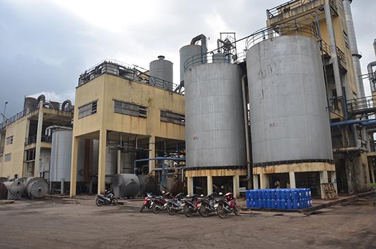 Dây chuyền công nghệ tại Nhà máy sản xuất nhiên liệu sinh học Tùng Lâm được cải tiến đáng kể. Ảnh: H.P