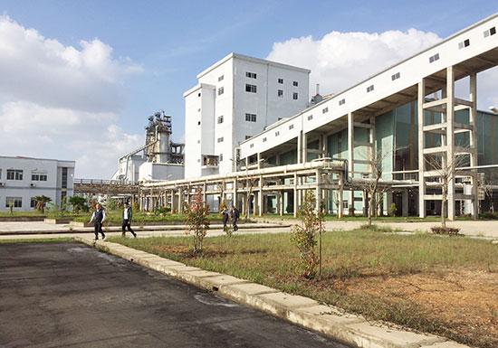Bên trong nhà máy sản xuất sô đa Chu Lai.
