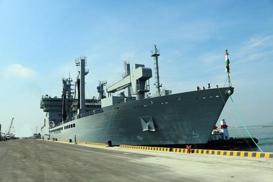 Tàu chiến Ấn Độ ghé thăm Đà Nẵng