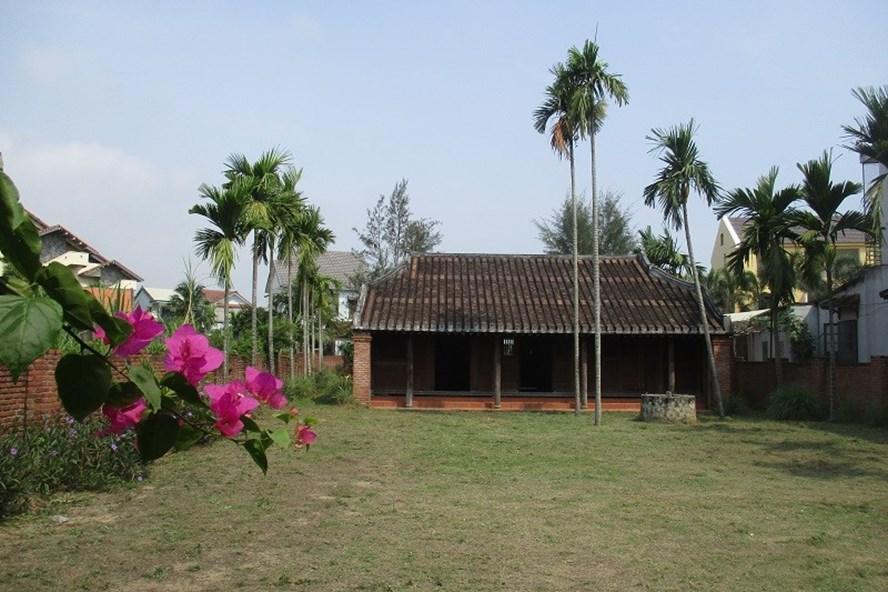 An ancient house in Hoi An