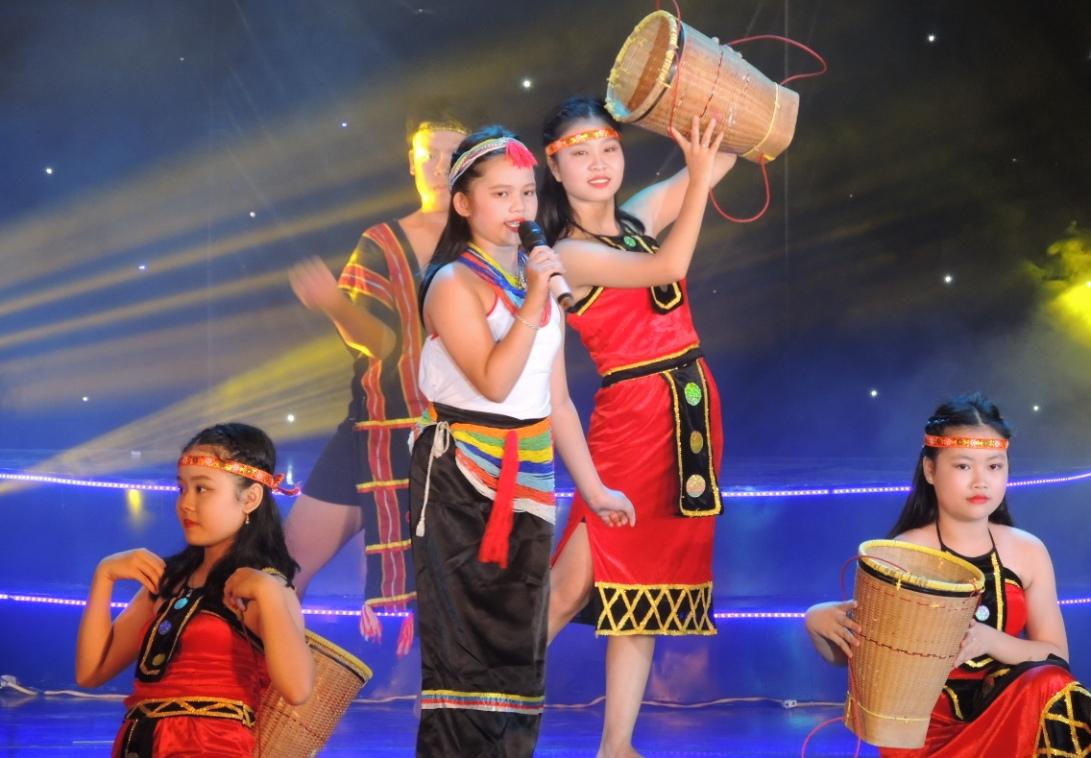 Sắc màu văn hóa Bắc Trà My trong liên hoan