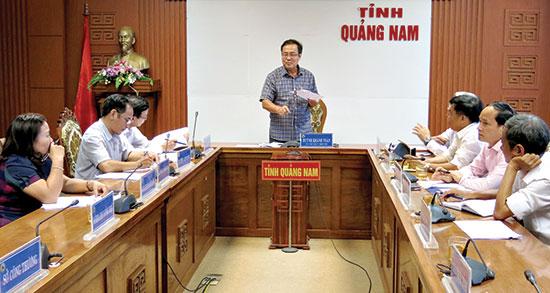 Họp hội đồng xét tặng danh hiệu doanh nghiệp, doanh nhân tiêu biểu Quảng Nam lần thứ IV - 2018.Ảnh: T.D