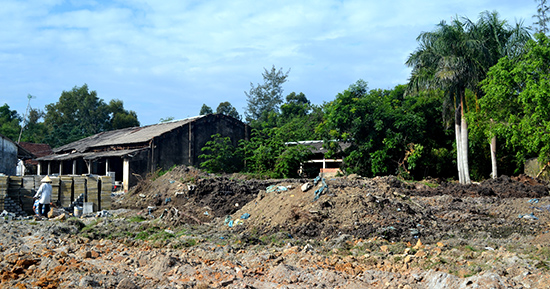 Khu vực sản xuất gạch không nung của Công ty TNHH Thiên Phú Hưng.  Ảnh: Q.VIỆT