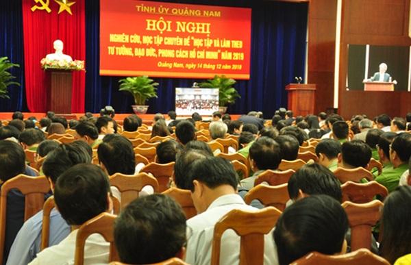 Quang cảnh hội nghị tại điểm cầu Quảng Nam chiều 14.12. Ảnh: N.Đ